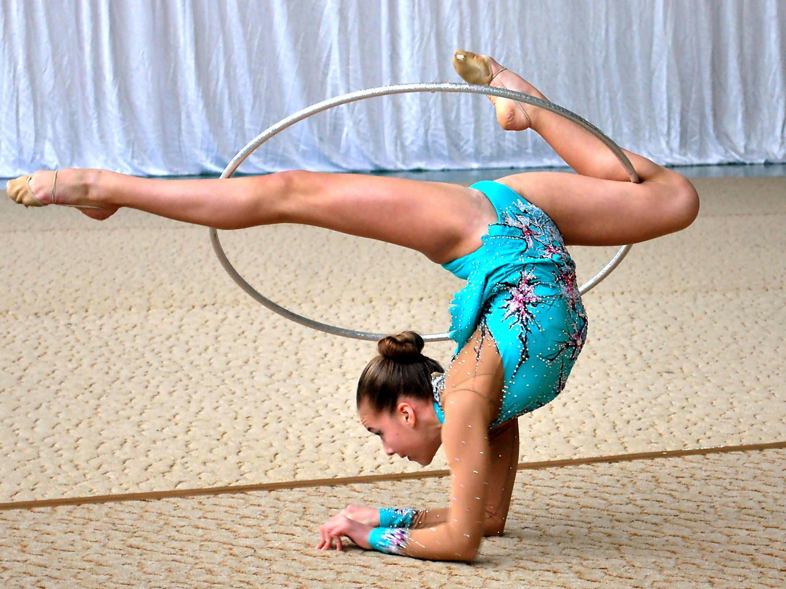 Фотографии юные гимнастки фото 19 фотография